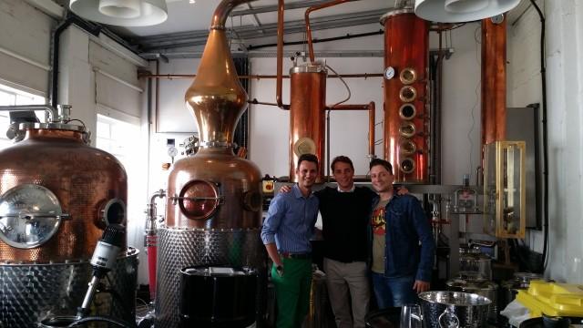 Timos Spanos, Felix von Hurter, Yiannis Korovesis and the ''girls''