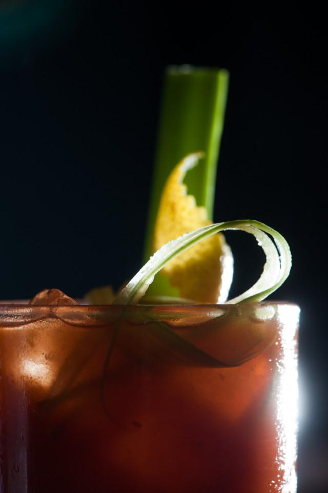 Σπίτι cocktail bar, Σίμος Ταγαράς
