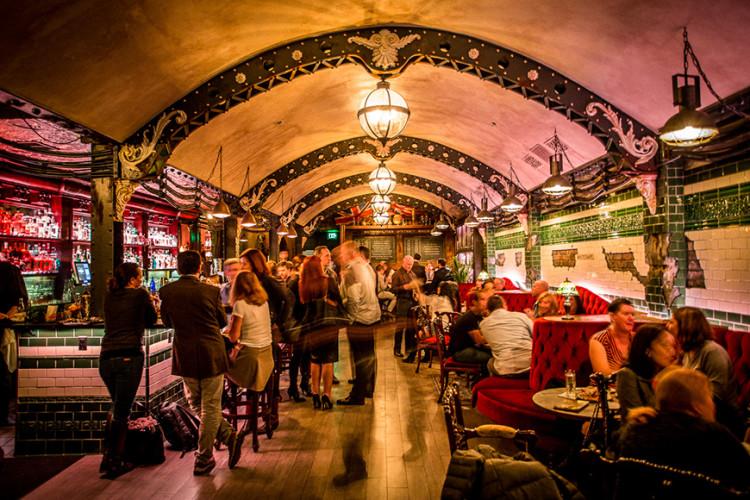 Whitechapel gin bar, photo from imbibemagazine.com