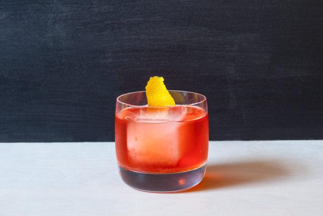 θαμώνας, μπαρ, κοκτέιλ με τρία συστατικά