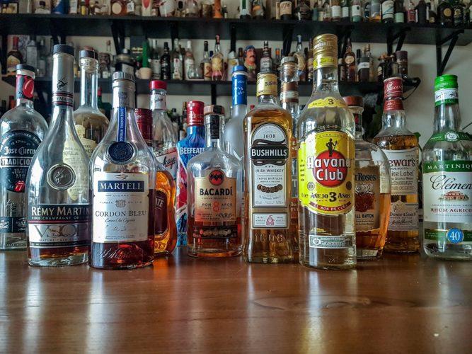σπιτική κάβα, βασικά ποτά