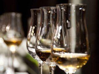 ελληνικά αλκοολούχα προϊόντα